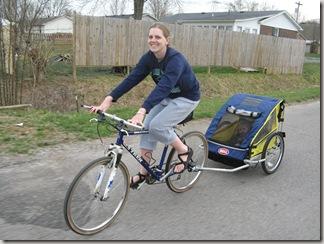 2010-03-25 Bike, food, walker 038